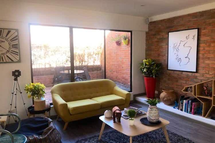 Portada Apartamento Duplex en venta en Country Club con Terraza
