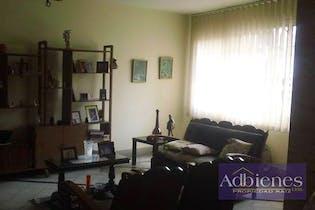 Casa en venta en Las Acacias con 5 habitaciones.