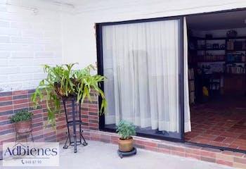 Casa en venta en Conquistadores 467m²