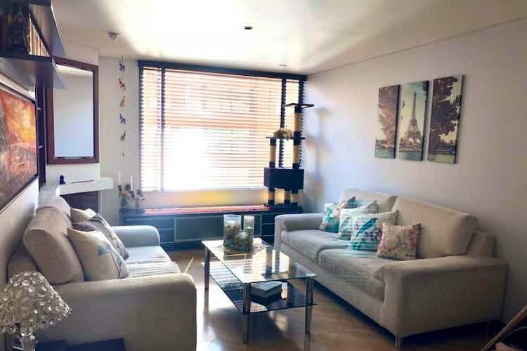 Portada Apartamento en venta en Santa Bárbara Central, 122mt con chimenea