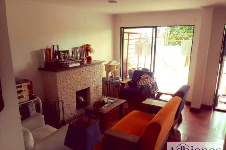 Portada Casa en venta en Loma de las Brujas, de 234 mts2
