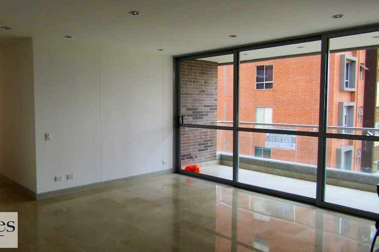 Portada Apartamento en venta en Castropol de 115 mts2