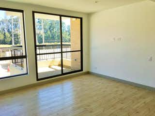 Una vista de un cuarto de baño con una puerta de cristal en Apartamento En Venta En Cajica El Tejar Girasoles Cajicá