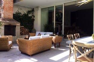 Casa en venta en Paseo de las Lomas de 600mt2 con jacuzzi.