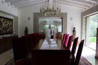Casa en venta en San Bartolo Ameyalco de cuatro recamaras