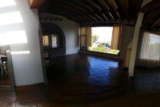 Casa en venta en Bosques de las Lomas de 428 mt con Chimenea