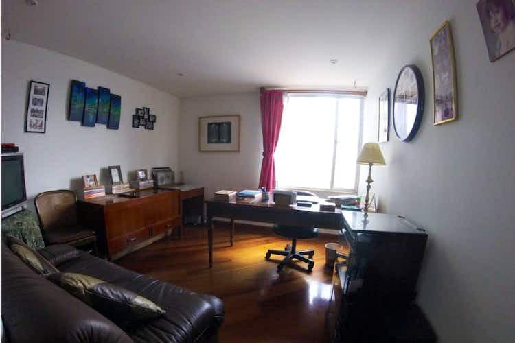 Portada Apartamento en venta en Iberia de 185.6 mt2. con chimenea..
