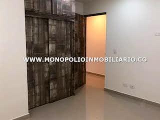 Una imagen de una habitación con un gran ventanal en AGUAVIVA 301