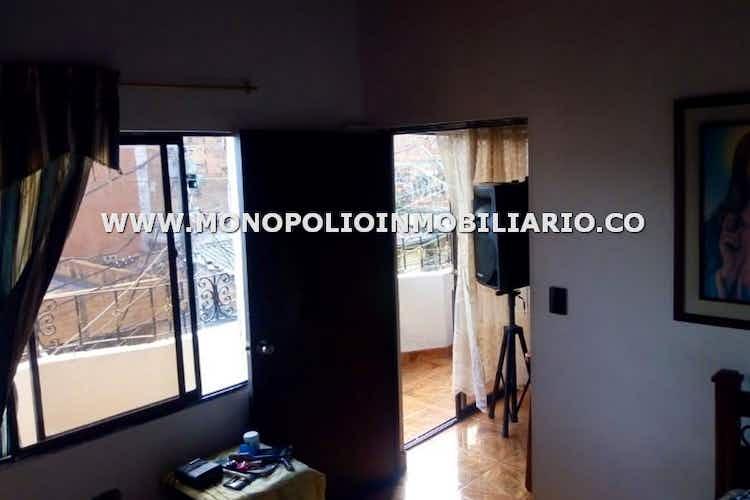 Portada Casa en venta en El 12 de Octubre No.2 de 72 mts2