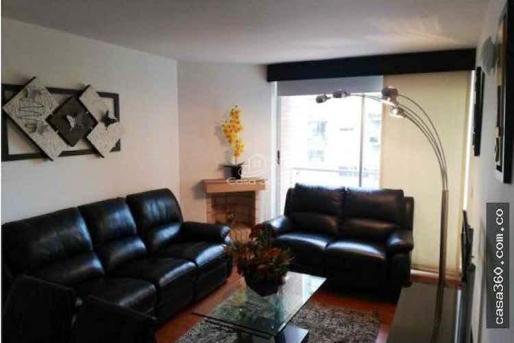 Portada Apartamento en venta en Barrio Colina Campestre con chimena