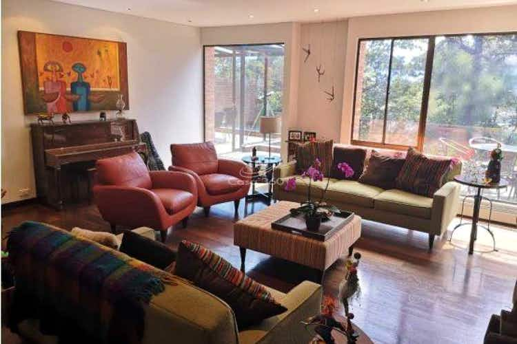 Portada Apartamento en venta en Colinas de Suba con 440 mt, duplex