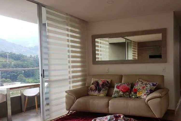 Portada Apartamento en venta en El Trapiche, 87mt con balcón