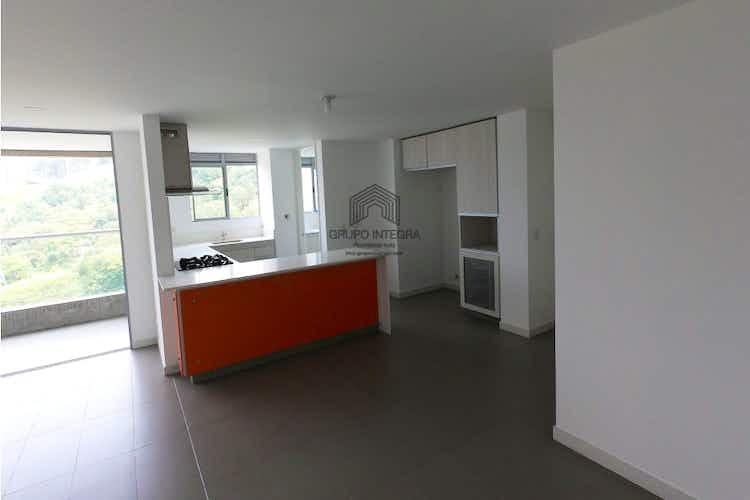 Portada Apartamento en venta en Castropol, 87mt con balcon