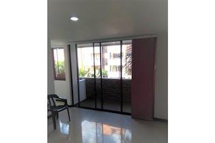 Apartamento en venta en Florida Nueva con Balcón...