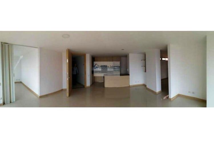 Portada Apartamento en venta en Loma del Escobero, 125mt con dos balcones.