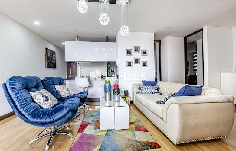Portada Apartamento con balcón, en Cedritos 90,68m2