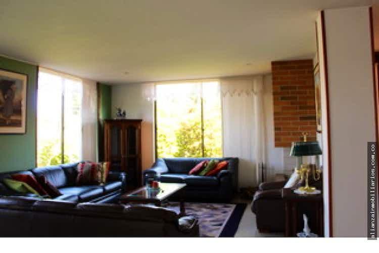 Portada Casa en venta en Cajica, 1000mt de dos niveles.