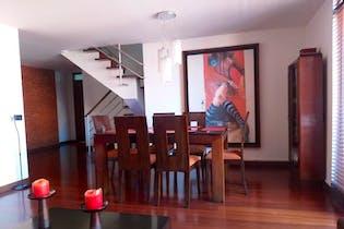 Apartamento en venta en Puente Largo de 3 hab. con Gimnasio...