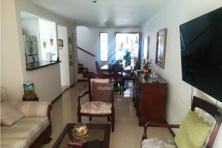 Casa en venta en La Cuenca o, Envigado. con 126 mt