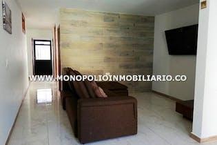 Casa en venta en Alto del Calvario, Con 4 habitaciones-133mt2
