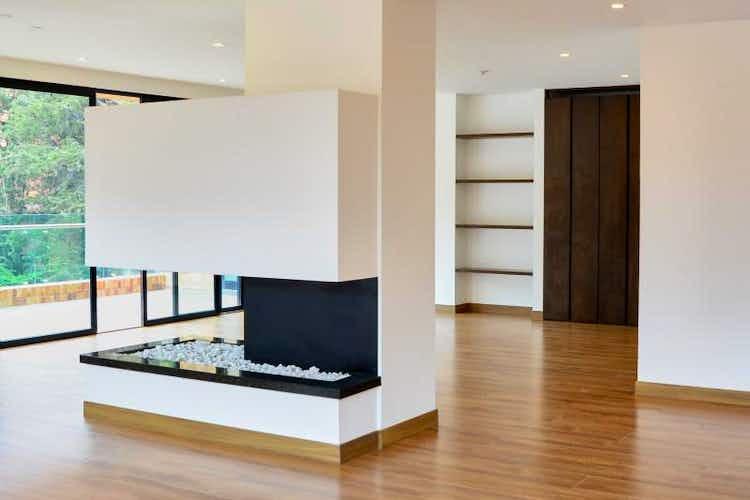 Portada Apartamento en venta en El refugio, 261mt con terraza