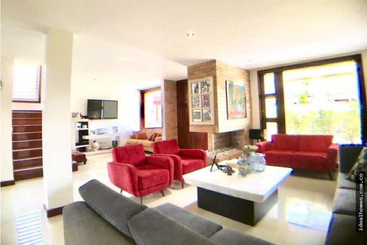 Portada Casa en venta en La Balsa de 527mts, tres niveles