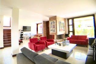 Casa en venta en La Balsa de 527mts, tres niveles