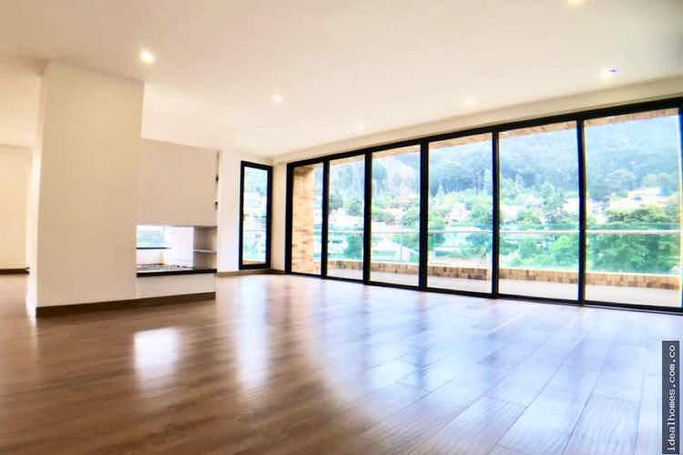 Portada Apartamento en venta en El Refugio de tres habitaciones
