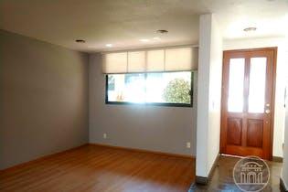 Casa en venta en San Jerónimo Lídice de cuatro recamaras