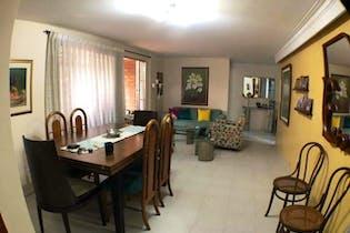 Apartamento en venta en la Villa del Aburra de 150 mt con balcón