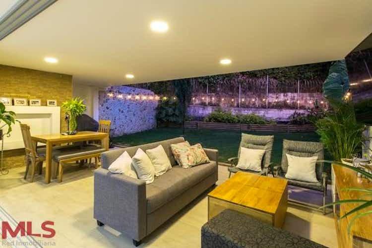 Portada Casa en venta en Loma del Chocho de 262,98 mt con balcón