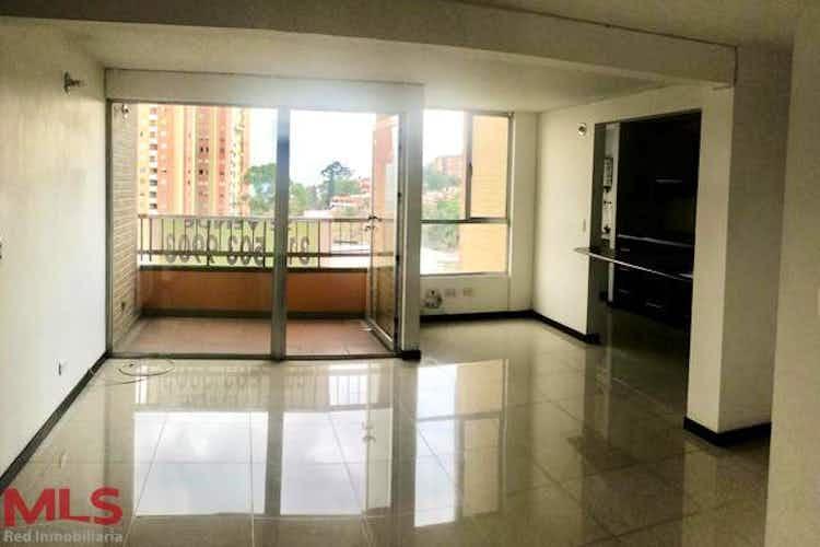 Portada Apartamento en venta en San Diego de 84 mt con balcón
