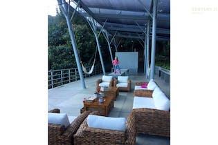 Casa en venta en el El Retiro de 170 mt con balcón