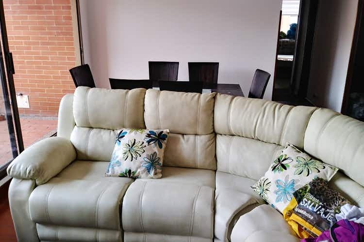 Portada Apartamento en venta en Ciudad Salitre Oriental de 3 habitaciones