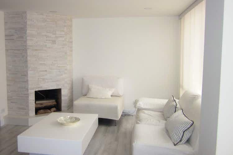 Portada Apartamento en venta en Santa Paula de tres habitaciones