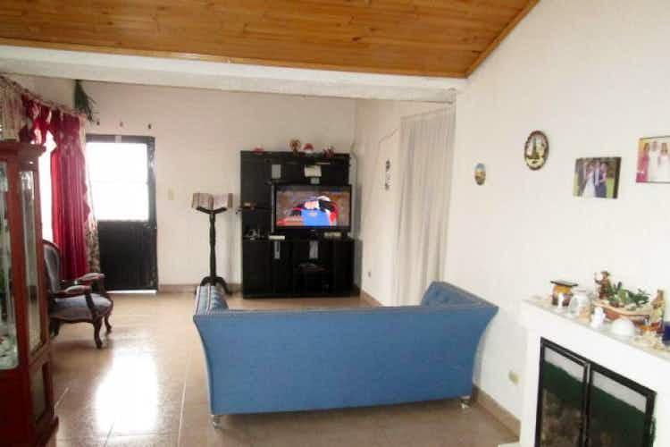 Portada Casa en venta en Villa del Prado de 220 mt con chimenea
