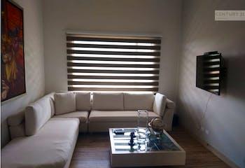 Casa en venta en Loma del Escobero de 2085mts2, dos niveles