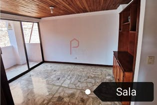 Apartamento en venta en Las Acacias de cuatro habitaciones