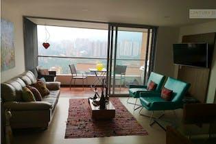 Apartamento en venta en Loma del Escobero de tres habitaciones
