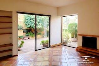 Casa en venta en Jardines del Pedregal de 3 recamaras.