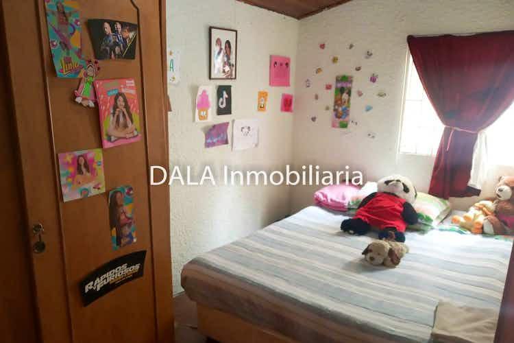 Portada Casa en venta en Casco Urbano Chía de tres habitaciones