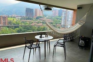 Apartamento en venta en Loma De Las Brujas de 4 hab. con Piscina...