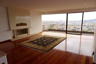 Apartamento En venta en El Refugio de 330 mt2. con chimenea