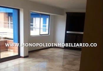 Apartamento Duplex en venta en Loma de los Bernal de 187m2.