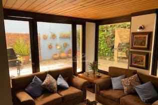 Casa en venta en Santa Bárbara Central, 151mt de tres niveles