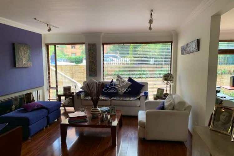 Portada Apartamento en venta en Rosales, 238mt con terraza