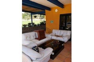 Finca en venta en Casco Urbano San Jerónimo de 6 habitaciones