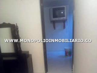 Una imagen de una habitación con una puerta en BALCONES DE PANORAMA