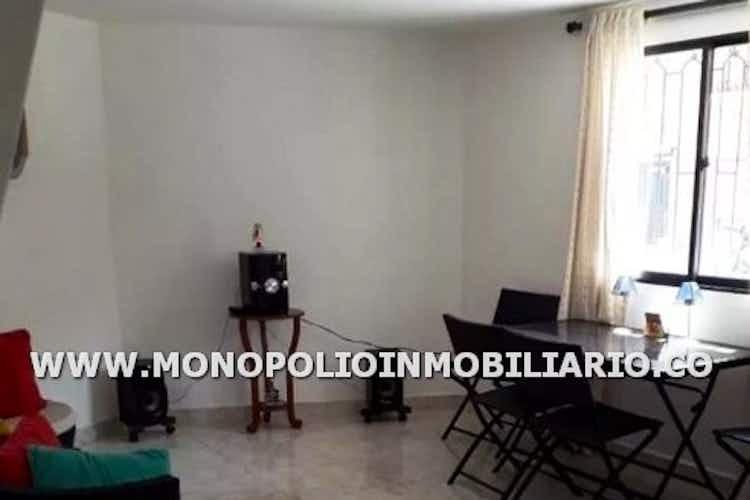 Portada Casa bifamiliar en venta en Copacabana de 2 habitaciones