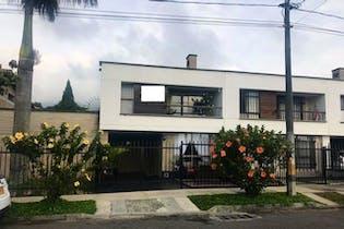Casa en La Estrella-La Ferreria, con 3 Alcobas - 160 mt2.